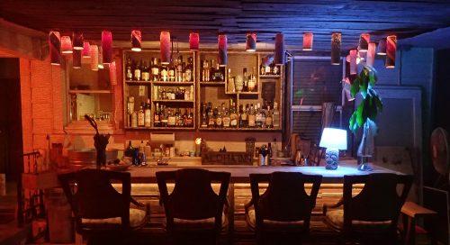 Dean Hurst's home tiki bar